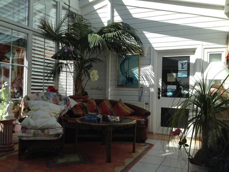 Unique winter garden retreat for ultimate reflection and relaxation. - The Winter Garden Residence - Friedrichshafen - rentals