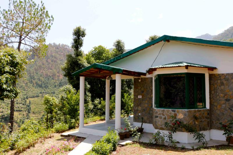 The Peaches - The Peaches - Ramgarh - rentals