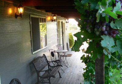 Front verandah - WIRRAL GRANGE COTTAGE - Lovedale - rentals
