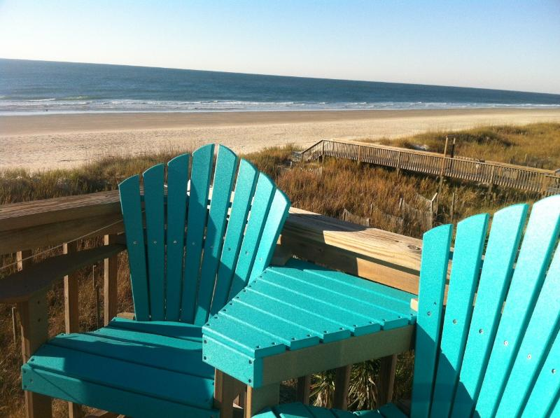 Awesome views from deck-comfortable rail height corner settee-perfect for wave watching! - Ocean Isle Mermaid! Awesome Ocean Front Views! - Ocean Isle Beach - rentals
