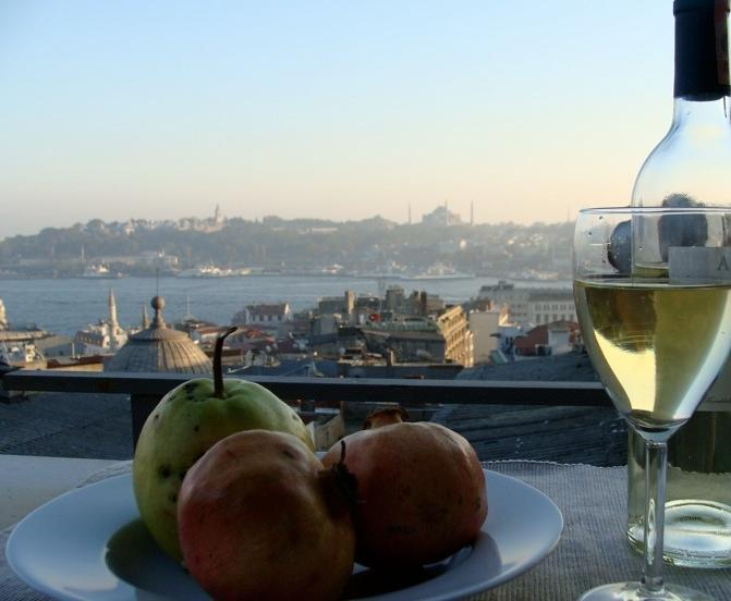 all the famous sites from your private terrace and nearly every room - Winter discount! Nu renov, vus frm nearly every rm - Istanbul - rentals