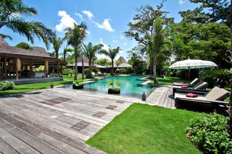 Seminyak Villa 3495 - 5 Beds - Bali - Image 1 - Umalas - rentals