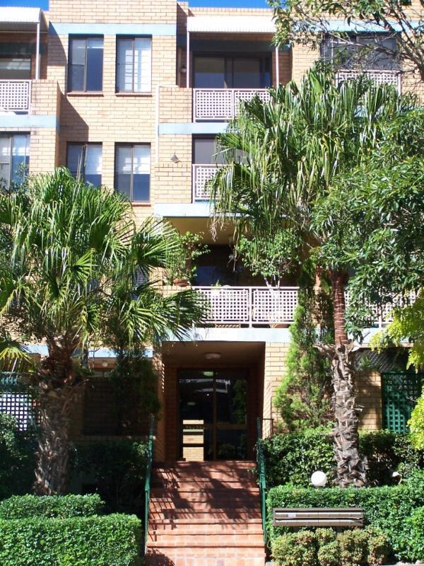 11-33 Maddison Street, Surry Hills - Image 1 - Sydney - rentals