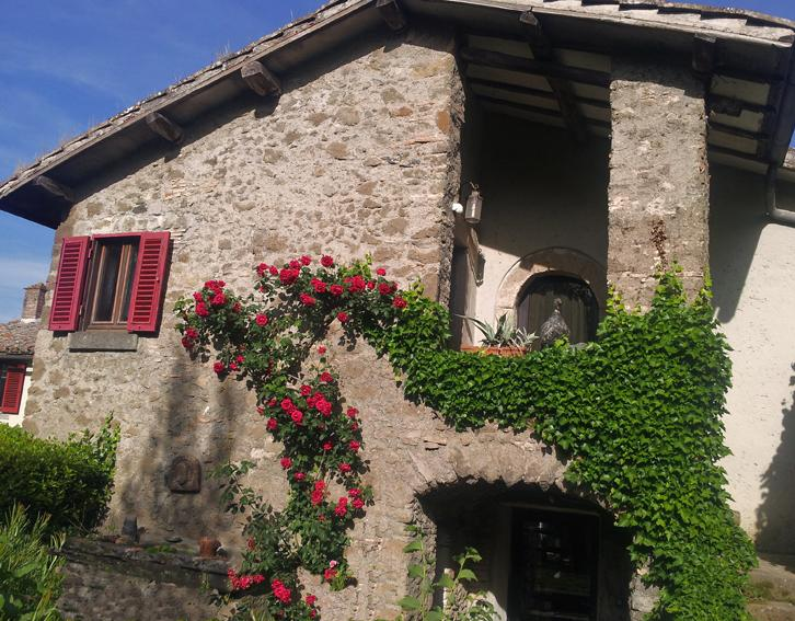 CANTAGALLO entrance - A 17th century countryhouse just outside Rome - Bracciano - rentals