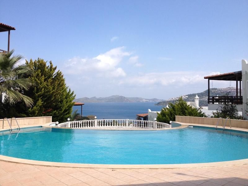 Swimming pool with sea view - Charming house close to the beach  with great seaviews - Bodrum - rentals