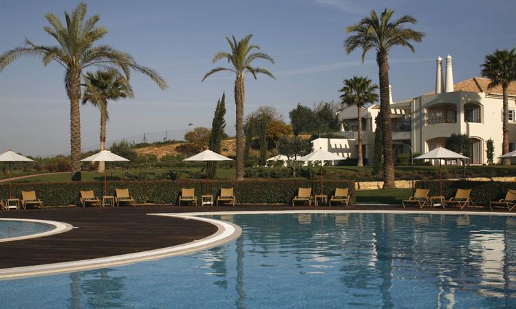 2 Bedroom Townhouse Garden View, in an exclusive 5 Star Resort - CARVOEIRO - REF. VDO110197 - Image 1 - Carvoeiro - rentals