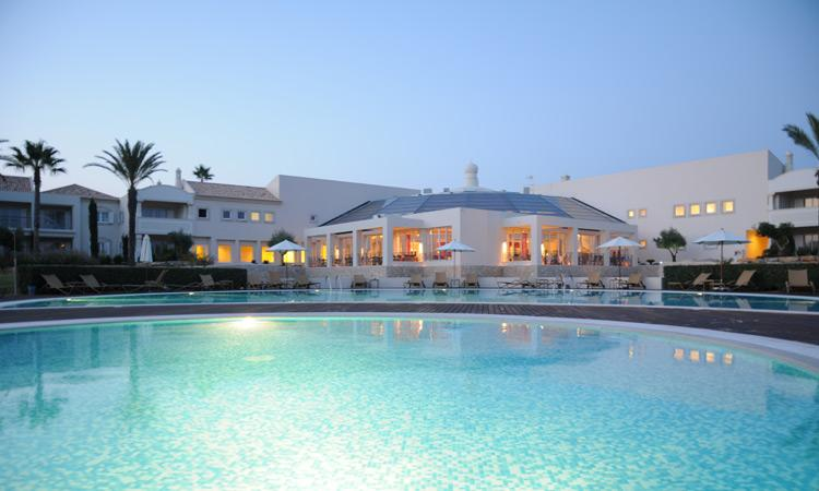 1 Bedroom Townhouse in an exclusive 5 Star Resort - CARVOEIRO - REF. VDO110142 - Image 1 - Carvoeiro - rentals