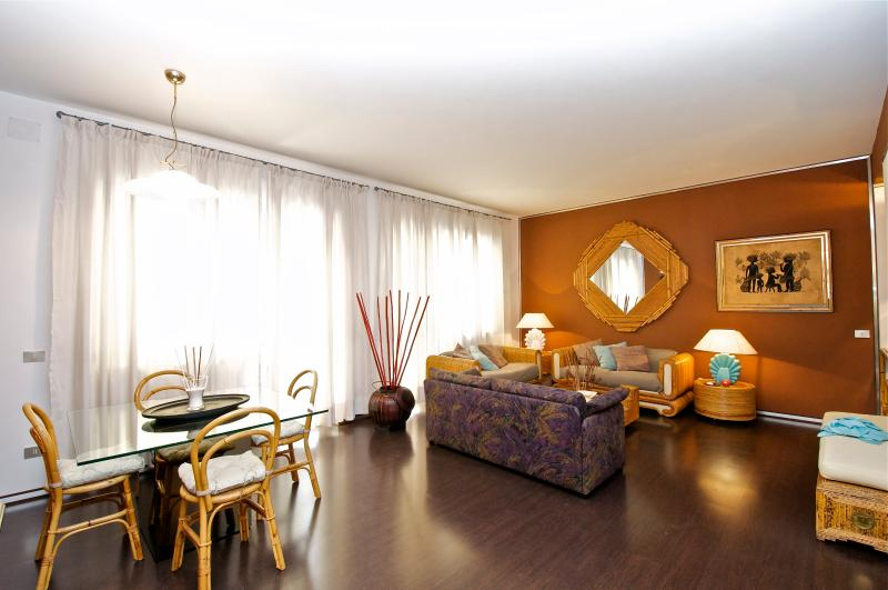 Marta Holiday House - Image 1 - Rome - rentals