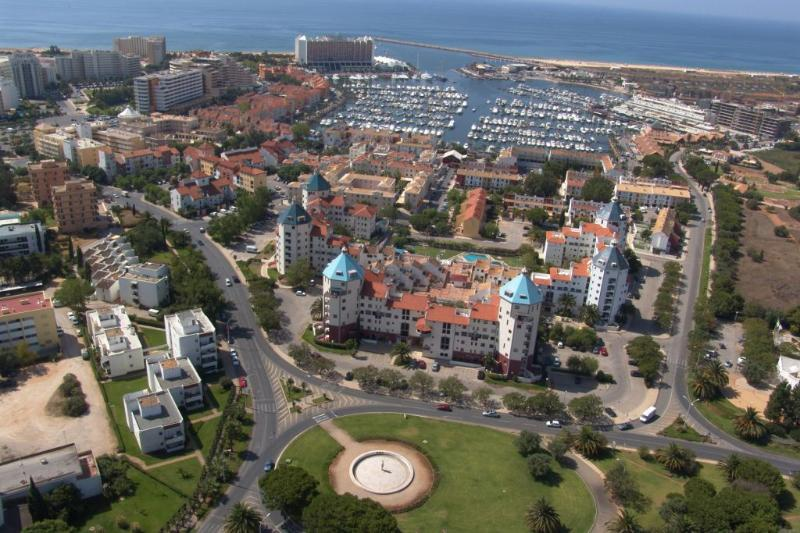 STUDIO IN VILAMOURA LOCATED 200 M FROM THE MARINA AND 1 KM FROM THE FALESIA BEACH - REF.ALG111069 - Image 1 - Quarteira - rentals
