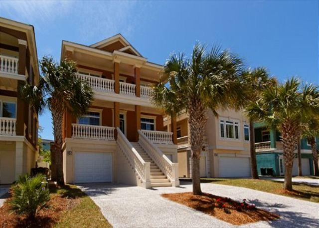 Crabline Court 35 - Exquisitely Decorated 4BR/4.5BA Near Ocean Home will be Enjoyed by All - Hilton Head - rentals