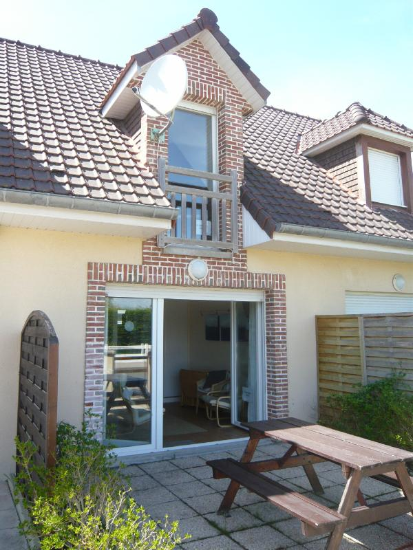 Modern Seaside House near beach and golf - Image 1 - Fort-Mahon-Plage - rentals