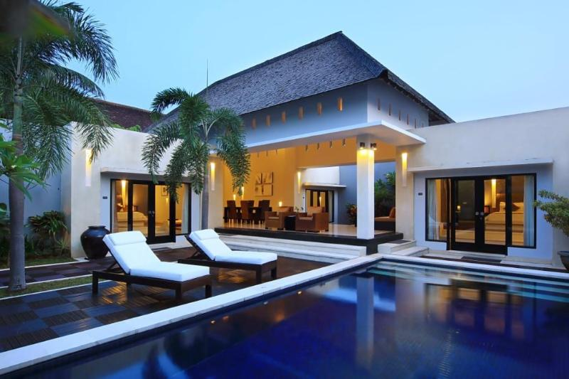 Private Pool & Sunbeds - B11 Staffed 3BDR + Private Pool - Seminyak - rentals