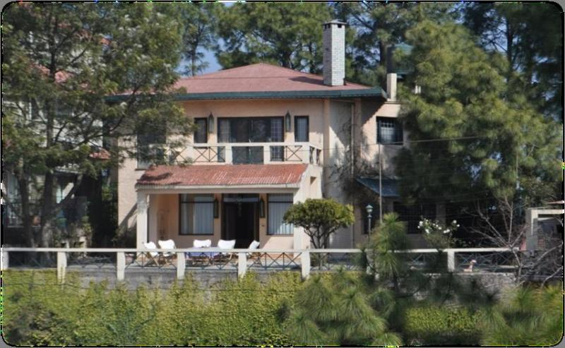 Wind Chimes - 3 Bedroom Hill Villa, Kasauli Hills, Himachal Pradesh - Wind Chimes, 3 Bedroom Hill Villa,  Kasauli Hills - Kasauli - rentals