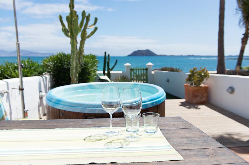 Casazep Dos - Luxury Oceanfront - Image 1 - Corralejo - rentals