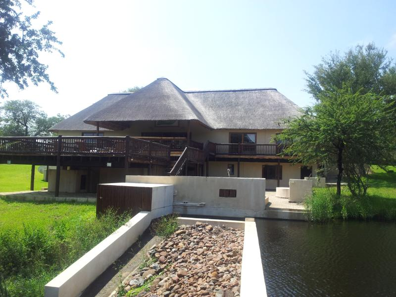 Front View - Lodge In Wildlife Estate 130 - Hoedspruit - rentals