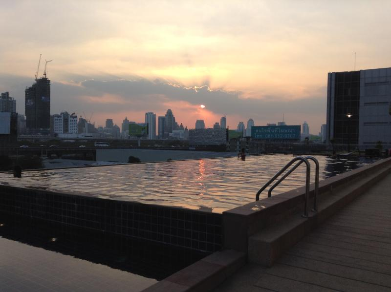 Spacious Condo in Central BKK - Image 1 - Bangkok - rentals