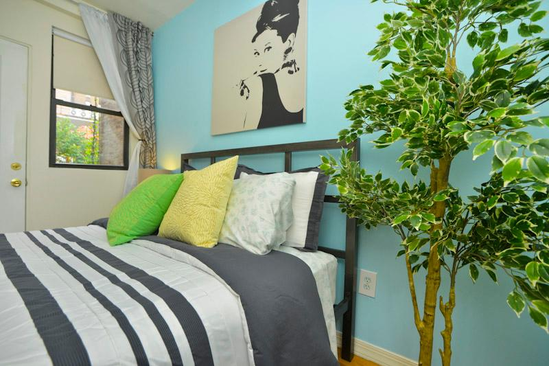 OASIS  2 BDRM  2 bath  + Garden - Image 1 - New York City - rentals