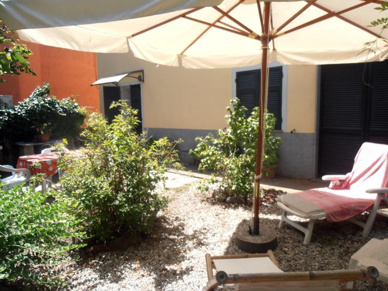 Facade and Garden - Cute apartment with garden, beach at 1,5 km - Chiavari - rentals