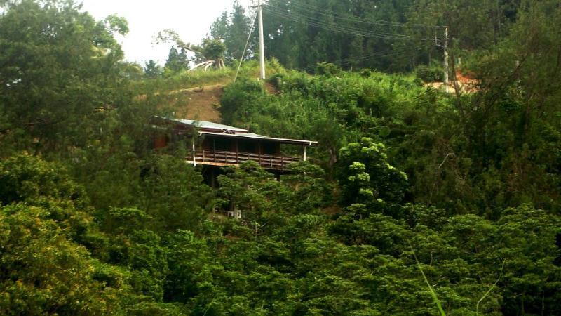Howards Haven Front View - Howard's Haven, Maui Bay Estates, Korolevu - Sigatoka - rentals