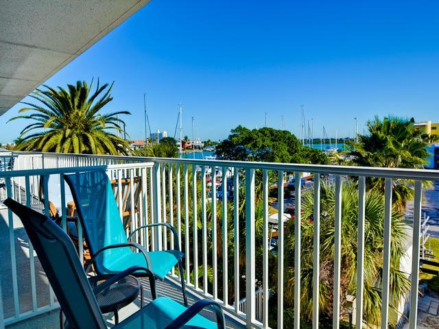 Bayside Condos 23 - Image 1 - Clearwater Beach - rentals