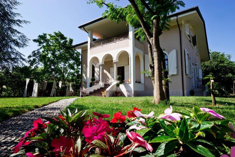 La Coralia b&b - La Coralia b&b Villa in Versilia - Marina Di Massa - rentals
