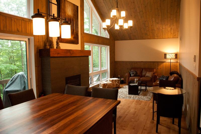 Living area - Tremblant - Beautiful retreat (Free Wifi) - Mont Tremblant - rentals