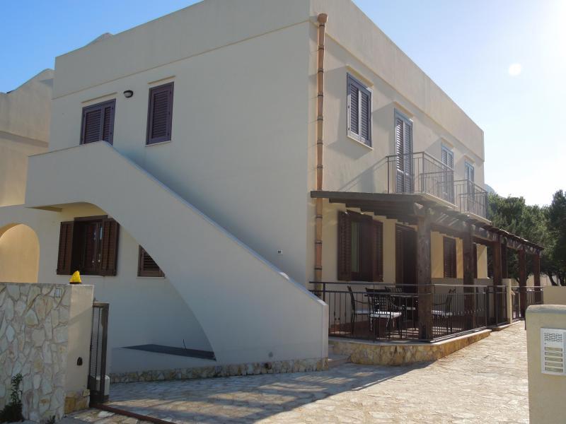 Esterno edificio - Nuovissima Casa Vacanze CORAL 'Desing e Relax' - San Vito lo Capo - rentals