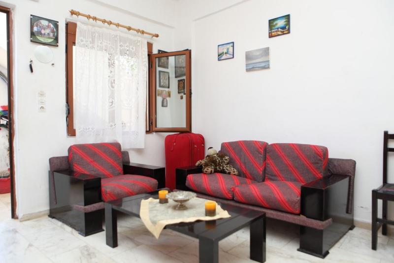 Andys apartments Rethymnon - 3 person apartment - Image 1 - Atsipópoulon - rentals