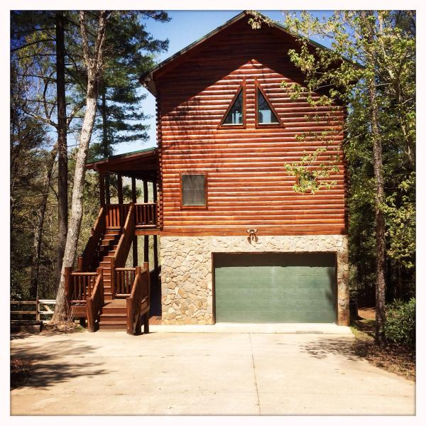 Garage access and remote opener - Log home on the river with mountain views - Lake Lure - rentals