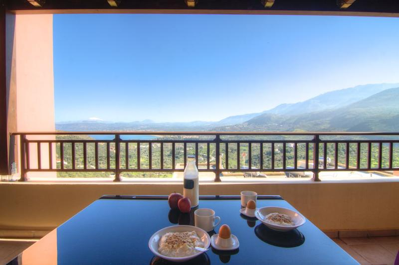 breakfast with amazing view - Rhamnus - Morfi Village - Exopoli - rentals