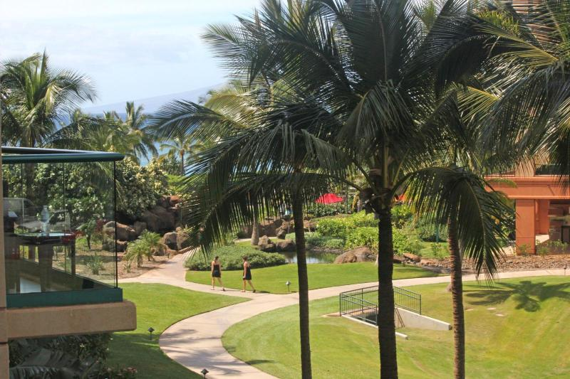 Partial Ocean views from this perfectly positioned 1 bedroom / 1 bath unit at Honua Kai Resort. - Honua Kai #HKH-338 Kaanapali, Maui, Hawaii - Ka'anapali - rentals