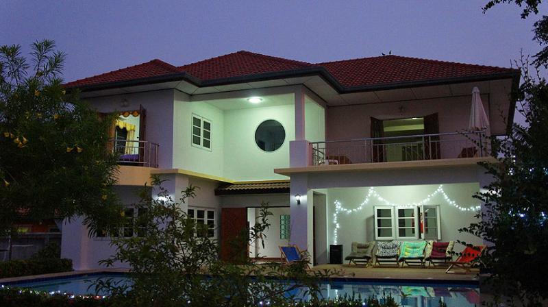 night - party villa - Hua Hin - rentals