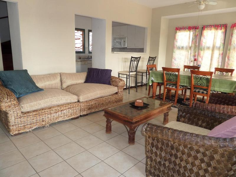BEST VALUE Ocean view 3 Bedroom Villa Private Pool - Image 1 - Malmok Beach - rentals