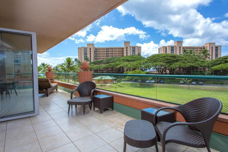 You choose Maui for our outdoor spaces and warm weather. This unit has one of the largest lanai at the resort. - Honua Kai #HKK-234 Kaanapali, Maui, Hawaii - Ka'anapali - rentals
