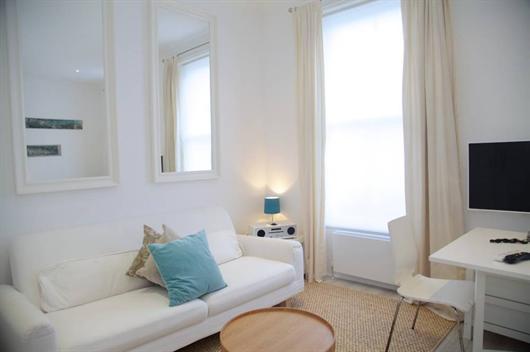 Chelsea 1 bedroom short term rental - Image 1 - London - rentals