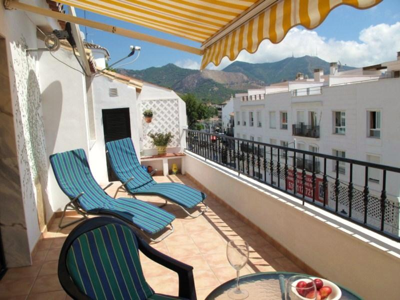 Superbly Located Apartment with Sunny Terrace - Image 1 - Mijas - rentals