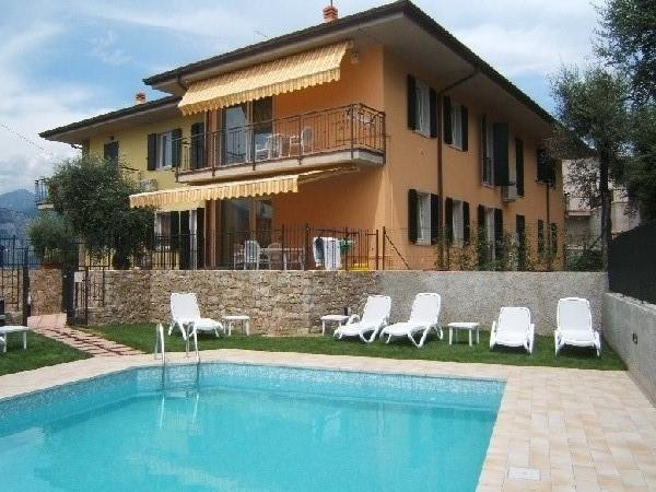 swimming pool - New appartment with swimming pool with olive trees around - Brenzone - rentals