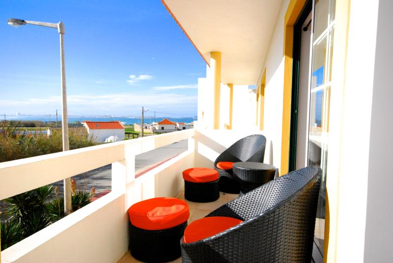 South balcony - Catarina House, 3 bedroom house with shared pool - Peniche - rentals