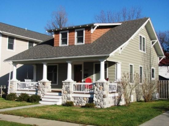 Front of house - 603 Indiana - South Haven - rentals