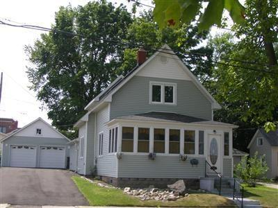 Front of Home - Michigan 556 - South Haven - rentals