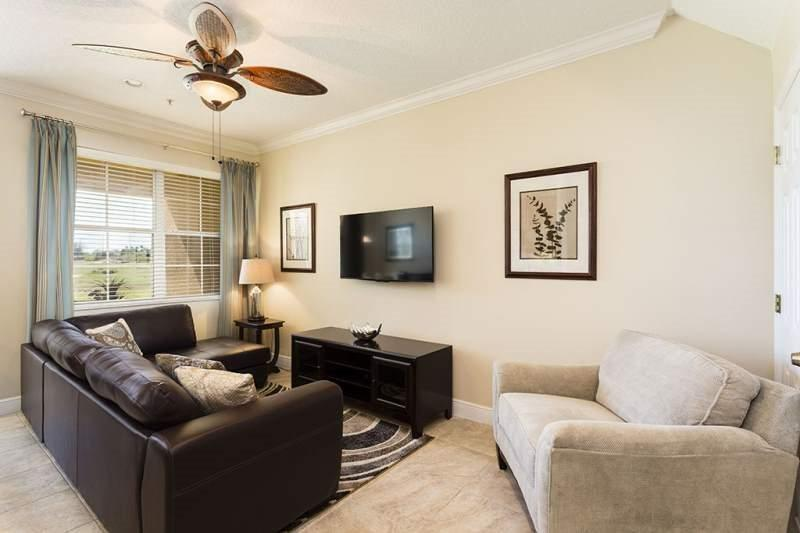 Carriage Pointe Paradise - Spacious Town Home, Golf Views and Close to Pool - Image 1 - Reunion - rentals