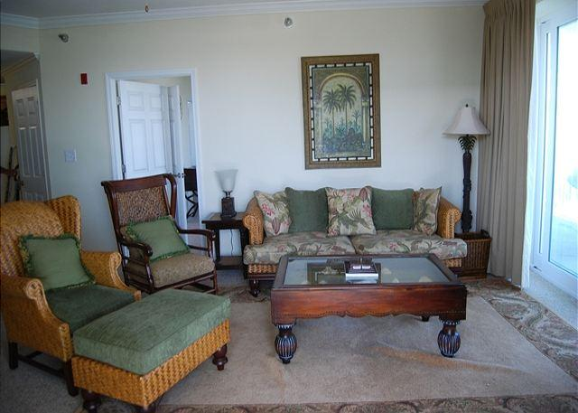 Navy Cove Unit 2114 Living Room - Navy Cove 2114 , 3 bedroom , 2 bath, Boat Slip # 47 - Fort Morgan - rentals