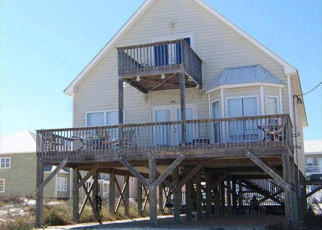 DREAMS COME TRUE, BEACH HOUSE WITH POOL - Private Pool and a very short walk to the Beach! - Fort Morgan - rentals