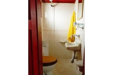 Top floor apartment in Cíhangír - Image 1 - Istanbul - rentals