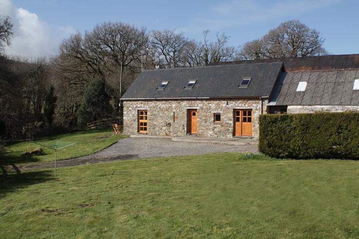 Holiday Cottage - Pwll Farm Cottage, Nr Newport - Image 1 - Nevern - rentals