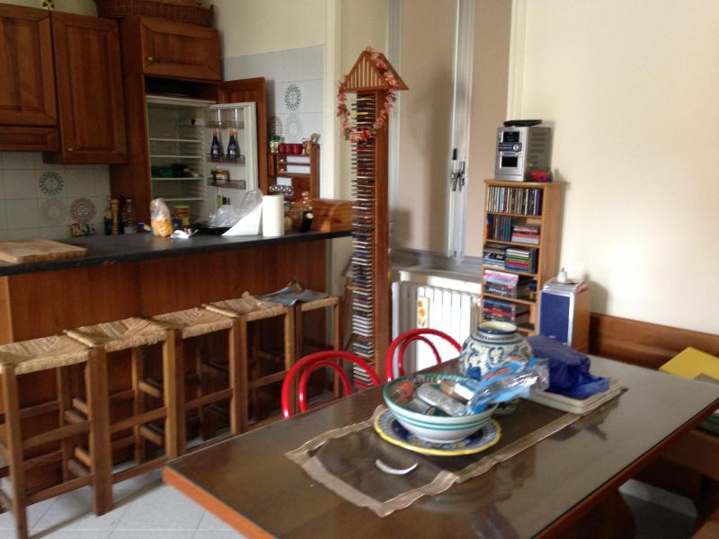 Angolo cucina - Napoli downtown, with a view on San Martino - Naples - rentals