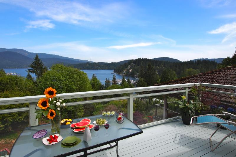 Main Large Deck and View of Deep Cove - Panoramic Views, Best Local (Deep Cove), 20 Mins from Downtown Van! - North Vancouver - rentals