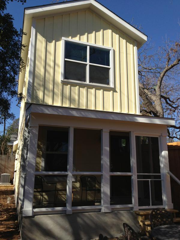 2 story home in quite neighborhood - Hyde Park 2 BR Close to Downtown - Austin - rentals