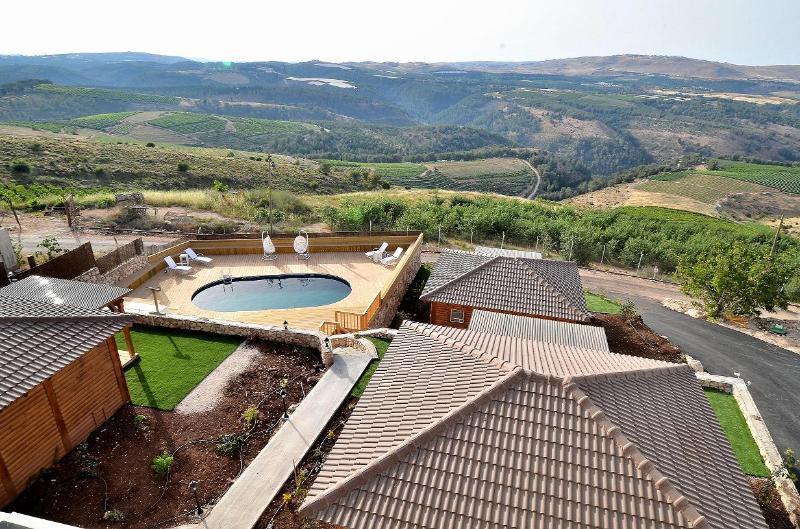 Luxury holiday cottages. Nof Shveytsari - Image 1 - Kerem Ben Zimra - rentals