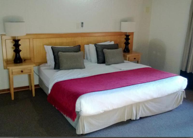 Double bedroom with ensuite bathroom - Chalet near Kruger National Park - Hazyview - rentals